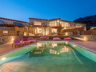 Lindos Seastone Villas C