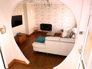 3 Bedroom House Penrhyn Bay, Conwy, North Wales
