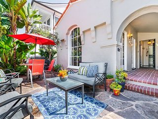 Classic Balboa Island Remodeled Hacienda - Walk to the Bay