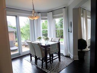 Exquisite Interior Designer's House Short Walk to Lake Michigan