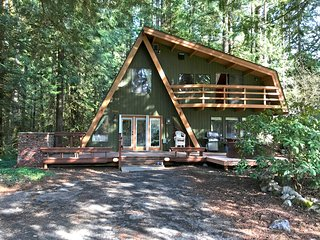 Snowline Cabin #30 - A Great Family Retreat!