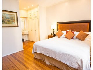 Classic 2 Bedroom Apartment in Recoleta