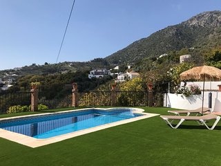 CORTIJO ROSALÍA. Private Villa in Frigiliana