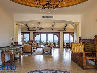 Luxury 4 Bedroom 4 Bath Ocean View