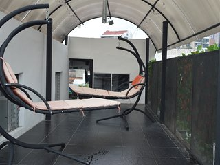 10 BR/2 Jacuzzi Private Apartment-Parque Lleras