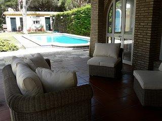 Chalet con piscina privada en Roche