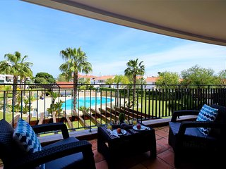 Luxury 3 Bedr Apart Swimming pool WiFi 5 min to the beach Vila Sol