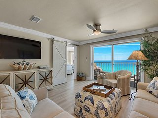 15% OFF Now-3/23/19! BEACH FRONT! RENOVATED! Pool/Hotub + FREE Beach Service!