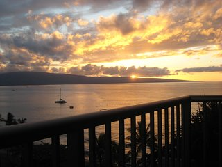 Whaler 1063 A Stunning Maui Panorama - 10th Floor