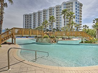 NEW! Resort Condo w/ Ocean View - Walk to Beach!