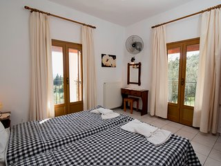 Villa Blue Pearl Apartments in Agios Georgios Beach Corfu