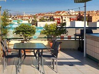 Penthouse, 70 kvm, med solig privat takterrass