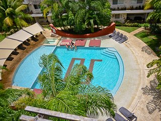 Gorgeous 2BDR PH for 6! Private Terrace w/Jacuzzi SabbiaB409