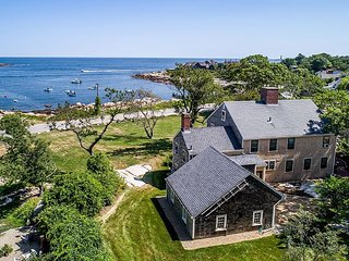 Straitsmouth Cove: Outstanding ocean views at Gap Head Cove in Rockport.