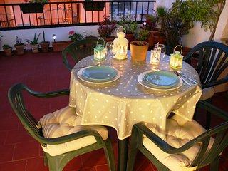 Cozy & bright in city center! / Luminoso y acogedor en Fuengirola centro