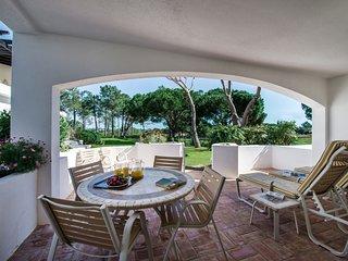2 bedroom Apartment in Quinta do Lago, Faro, Portugal : ref 5607813