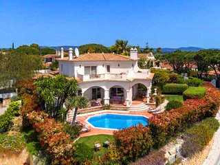 4 bedroom Villa in Quinta do Lago, Faro, Portugal : ref 5607930