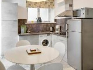 Spacious kitchen / diner... Studio St Martial [apartment 3], 4 Place St Martial 86500 MONTMORILLON