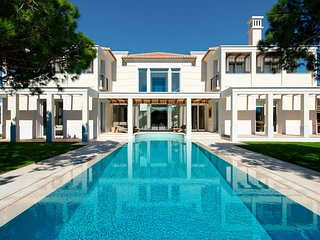 5 bedroom Villa in Quinta do Lago, Faro, Portugal : ref 5607902