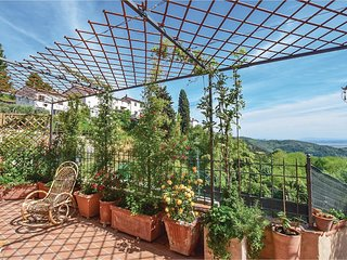 2 bedroom Villa in Pontemazzori, Tuscany, Italy : ref 5609399
