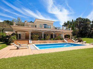 4 bedroom Villa in Quinta do Lago, Faro, Portugal : ref 5607963