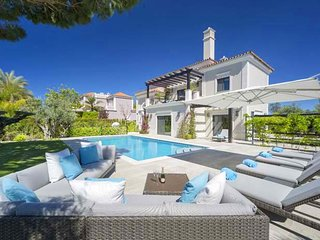 5 bedroom Villa in Vale do Garrao, Faro, Portugal - 5607976