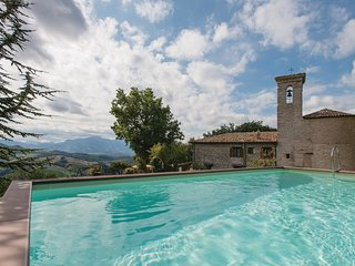 6 bedroom Villa in Torricella, The Marches, Italy : ref 5523340