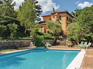 5 bedroom Villa in Collelungo, Umbria, Italy : ref 5540586