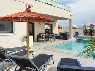4 bedroom Villa in Serignan-Plage, Occitania, France : ref 5609462