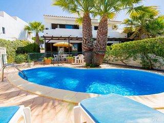 2 bedroom Villa in Vale do Lobo, Faro, Portugal : ref 5607824