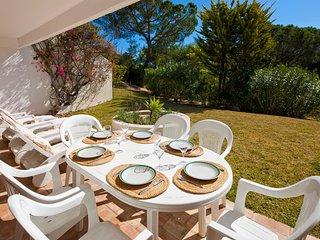 2 bedroom Apartment in Quinta do Lago, Faro, Portugal : ref 5607819