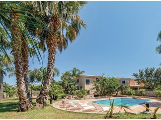 3 bedroom Villa in Villagrazia, Sicily, Italy : ref 5543827