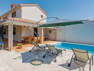 3 bedroom Villa in Sajini, Istria, Croatia : ref 5520391