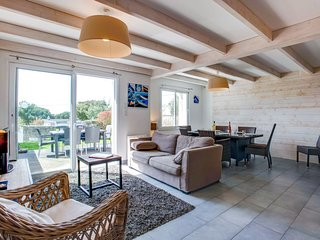 3 bedroom Villa in Carnac, Brittany, France : ref 5609531