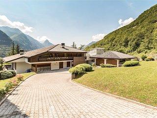 6 bedroom Villa in Castellavazzo, Veneto, Italy : ref 5523770