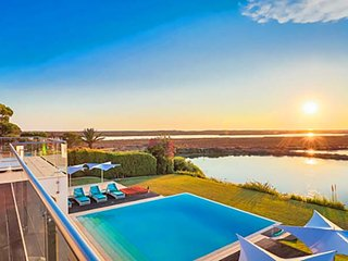 5 bedroom Villa in Quinta do Lago, Faro, Portugal : ref 5607979