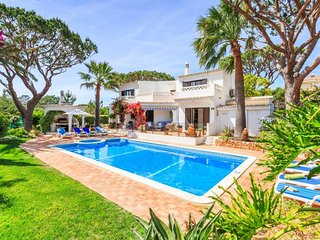4 bedroom Villa in Vale do Garrao, Faro, Portugal : ref 5607892