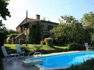 5 bedroom Villa in Rocca Ripesena, Umbria, Italy : ref 5239807