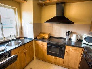 Vale do Lobo Apartment Sleeps 4 with Air Con - 5607809