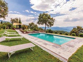 4 bedroom Villa in Molinelli, Tuscany, Italy : ref 5540145