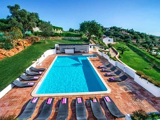 9 bedroom Villa in Almancil, Faro, Portugal : ref 5607996