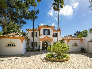 Quinta do Lago Villa Sleeps 8 with Pool Air Con and WiFi - 5607946