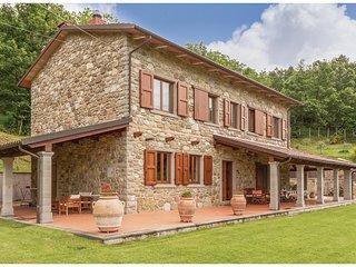 4 bedroom Villa in Casalino, Tuscany, Italy : ref 5523460