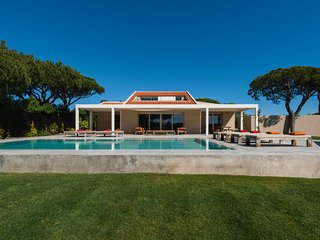 5 bedroom Villa in Vale do Lobo, Faro, Portugal : ref 5607922