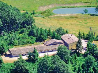 10 bedroom Villa in Serravalle di Carda, The Marches, Italy : ref 5539900