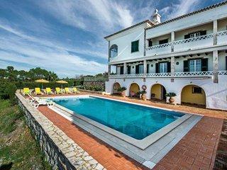 Vale da Canada Villa Sleeps 19 with Pool Air Con and WiFi - 5607921