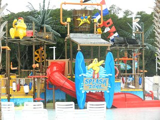 Ocean Front Complex,  Water Park on Site, OV, 13/3