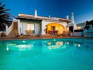 5 bedroom Villa in Vale do Lobo, Faro, Portugal : ref 5607908