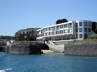 Lovely two-bedroom Padstow apartment overlooking the Estuary.