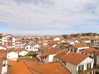 2 bedroom Apartment in Saint-Jean-de-Luz, Nouvelle-Aquitaine, France : ref 55194